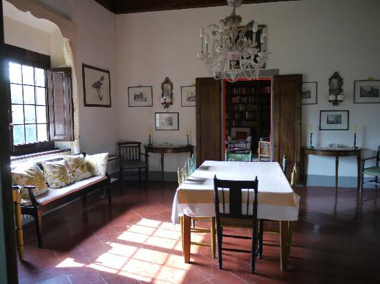 Villa Baldasseroni: dining room
