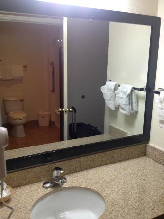 Best Western Salinas Monterey Hotel: Bad