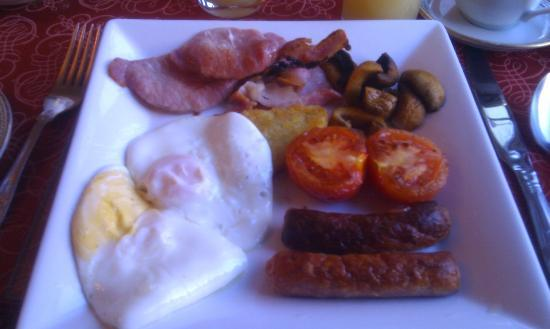 Sydney House: Breakfast (beans were available too!)