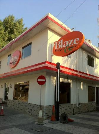 In The Heart Of Adliya 338 Picture Of Blaze Burgers Manama