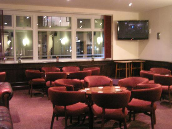 Royal Maritime Club: The Main Bar
