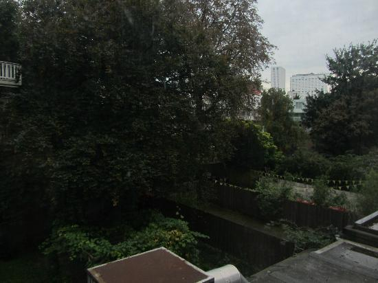 Hotel Skyline: view