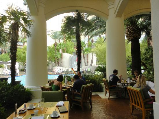 Four Seasons Hotel Las Vegas Verandah Restaurant Brakfast Time