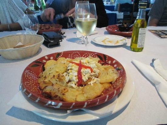 A Traineira Restaurante e Cervejaria: Codfish Dinner