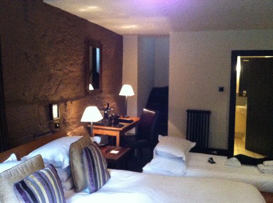 Hotel du Vin & Bistro: Pommery suite