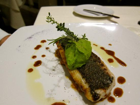 Cascade Wellness & Lifestyle Resort: Yummy fish