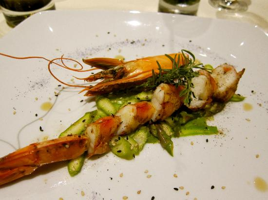 Cascade Wellness & Lifestyle Resort: Scrumptious prawns!
