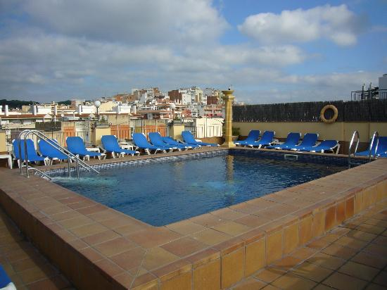 Piscina foto di costa brava hotel blanes tripadvisor for Piscinas costa brava
