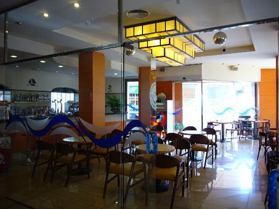 Costa Brava Hotel: cafetería del hotel