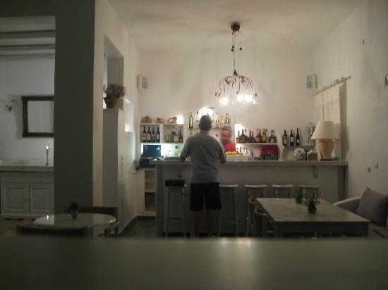 Hotel Manos: bar