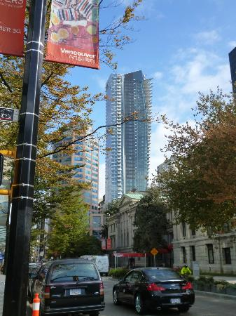 Rosewood Hotel Georgia: Residence Tower from Robson St