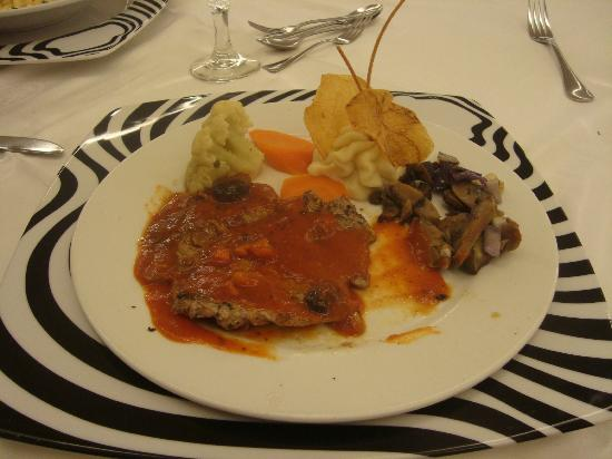Sirenis Punta Cana Resort Casino & Aquagames: Steak and all the fixins