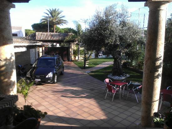 Hotel Mariantonia: Entrada