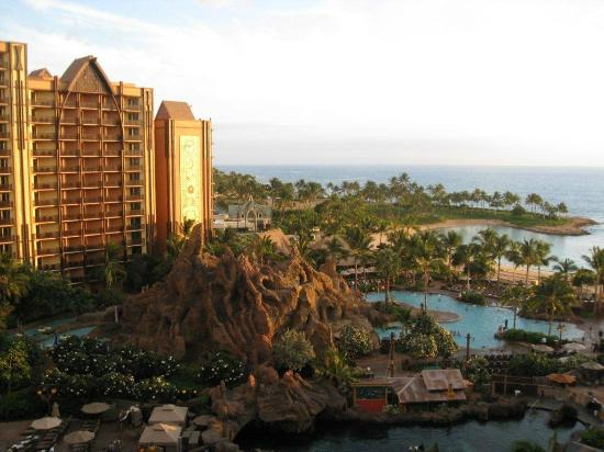 Aulani, a Disney Resort & Spa: sunrise from our room