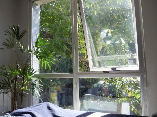 Dot Suites Mendoza : ventanales