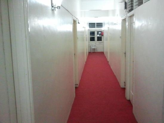 Hotel Bhooshan : Hotel Corridor