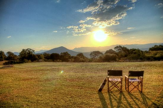 The Bunyip Scenic Rim Resort: Everyday brings a different sunset