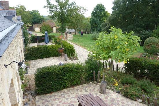 Château de Chanzé : Jardins des gîtes