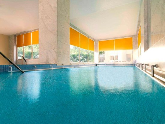 Park Inn by Radisson Al Khobar: Indoor pool