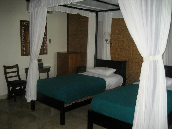 Cendana Resort and Spa: room superior