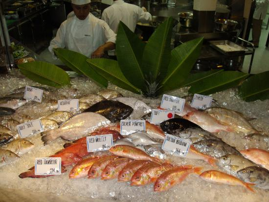 InterContinental Abu Dhabi: Fish Market