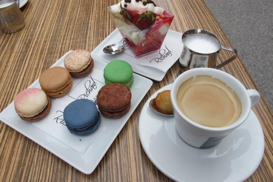 Patisserie Richard: macarons and coffee with splendid view