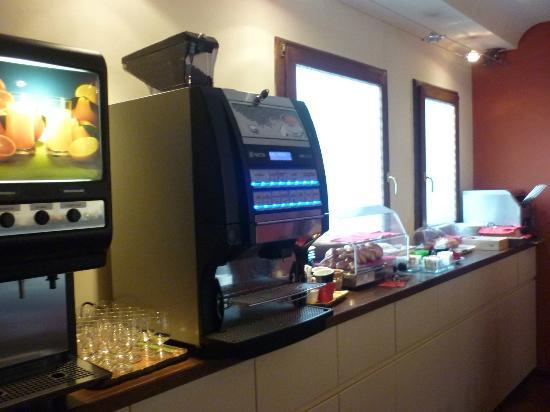 Hotel Kursaal Ausonia : Breakfast area