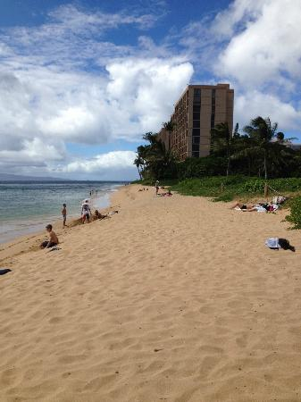 Honua Kai Resort & Spa: Beach