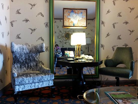 Kimpton Hotel Monaco Portland: sitting area