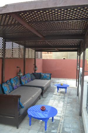 Riad Magie D'Orient: Terrace seating area