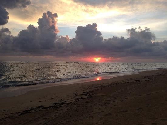 Sirenis Punta Cana Resort Casino & Aquagames : Sunrise at Sirenis