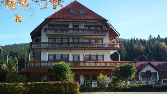 Wellnesshotel Auerhahn: Le bâtiment où se trouvait notre chambre