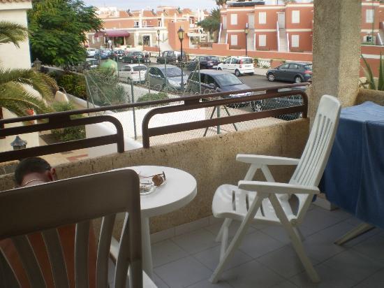 Fuentepark Apartamentos: Balcony view