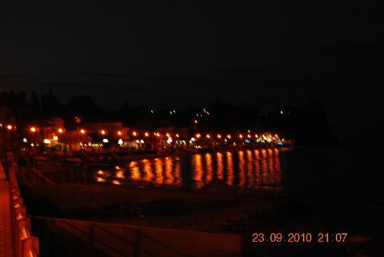 Hotel Achillion: MAkrigialos by night
