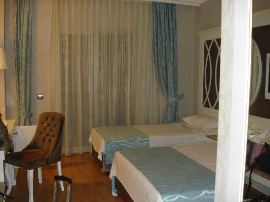 Ocean Blue High Class Hotel: Bien decorada y comoda