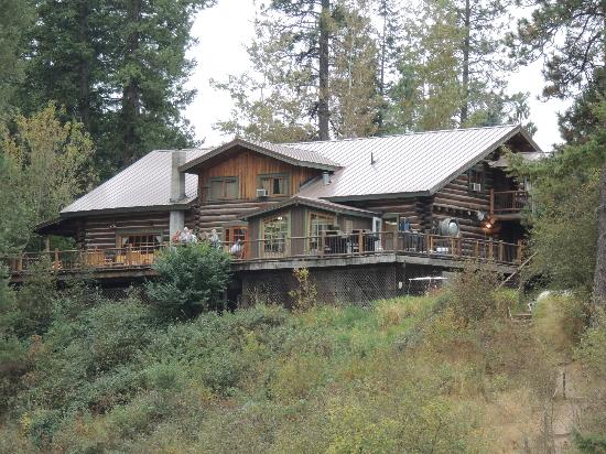 Red Horse Mountain Dude Ranch: The Lodge House