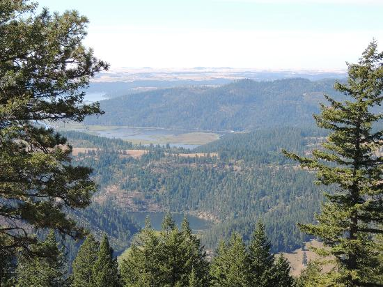 Red Horse Mountain Ranch: View from Huckleberry Ridge