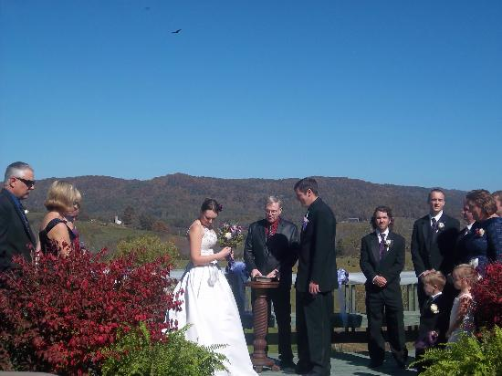 The Pines Country Inn: Wedding picture