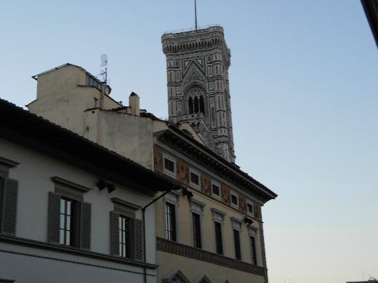 Palazzo Ruspoli: la vue de la chambre