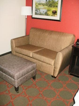 La Quinta Inn & Suites Tulsa - Catoosa: Very Nice King Room