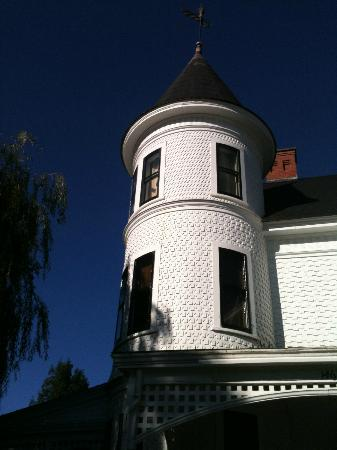Brennan's Bed & Breakfast: Our Turret room second floor