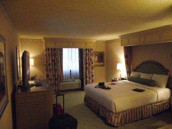 Golden Nugget Hotel: Room 1765 in Carson Tower