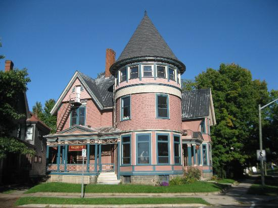 Brennan's Bed & Breakfast: Sites nearby