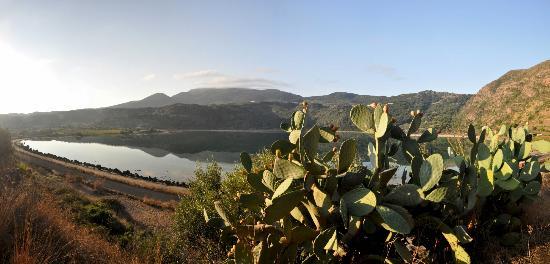 Specchio di venere dammuso sul lago foto di lago di venere pantelleria tripadvisor - Venere allo specchio ...