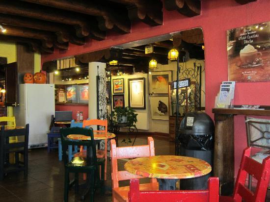 Hotel La Fonda de Taos: free Starbucks