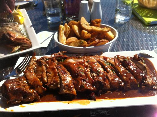 Dingli, Μάλτα: A plate of Ribs for me