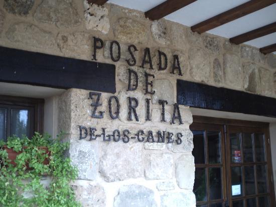 Posada de Zorita de los Canes: Fachada