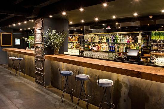 Ura Barcelona: Bar