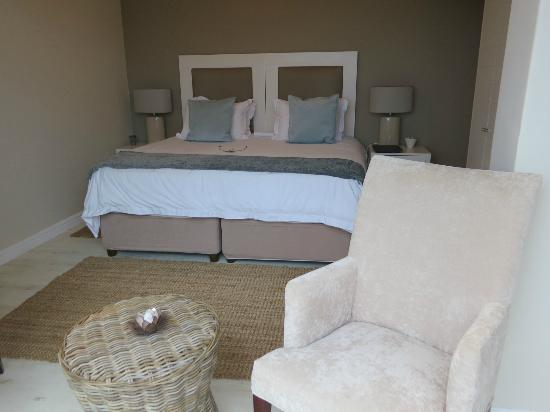 The Robberg Beach Lodge : Beachy Head Room