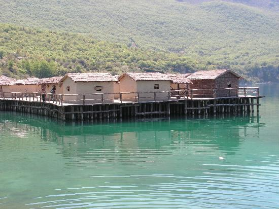 Diving Center Amfora: bay of bones museum ohrid